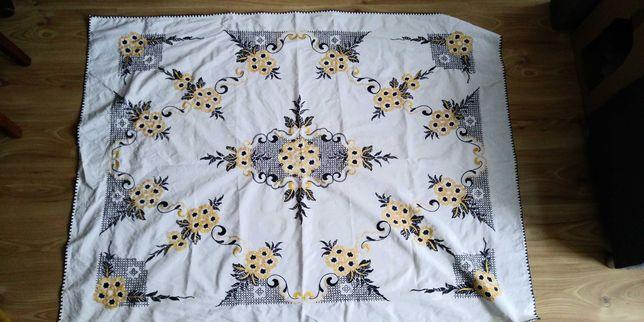 Obrus haftowany bawelna