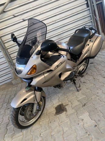 Honda NTV Deauville 650