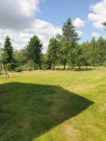 Dom w m. Młyniska oraz nieruchomości przyległe, lasy, pole