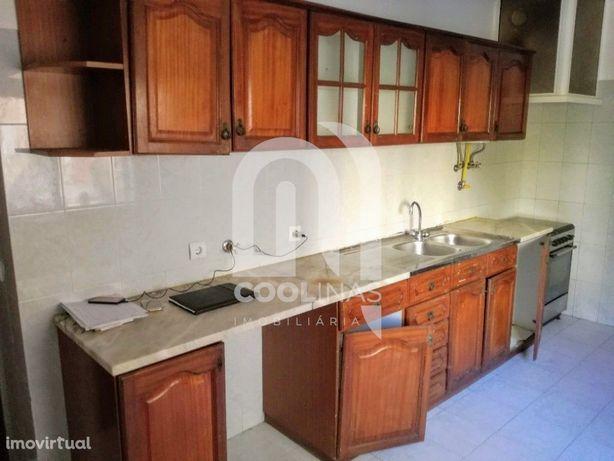 Apartamento T2 na Tapada das Mercês – Algueirão-Mem Martins