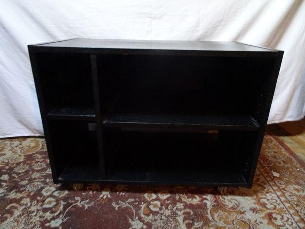 Szafka pod telewizor/ szafka na kółkach.