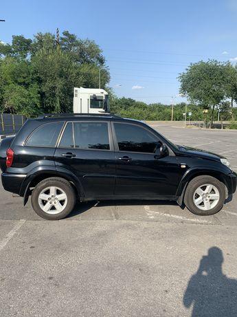 Продам Toyota RAV4 7700$