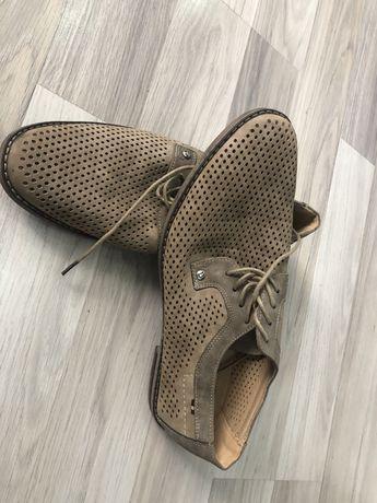 Продам весняно-літні туфлі