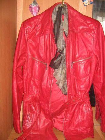 продам кожанную куртку весна-осень