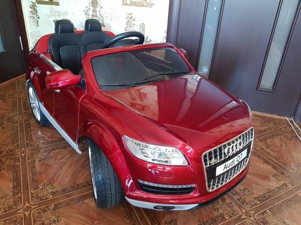 Детский электромобиль машина Audi Q7