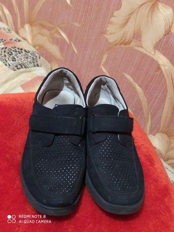Дитячі туфлі на хлопчика розмір 35