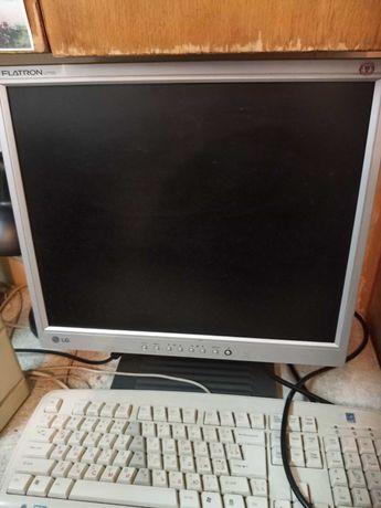 Монитор TFT 17 LG