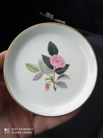 Vintage Wedgwood Bone China - Hathaway Rose - Sweet Dish - Ca. Тарелка