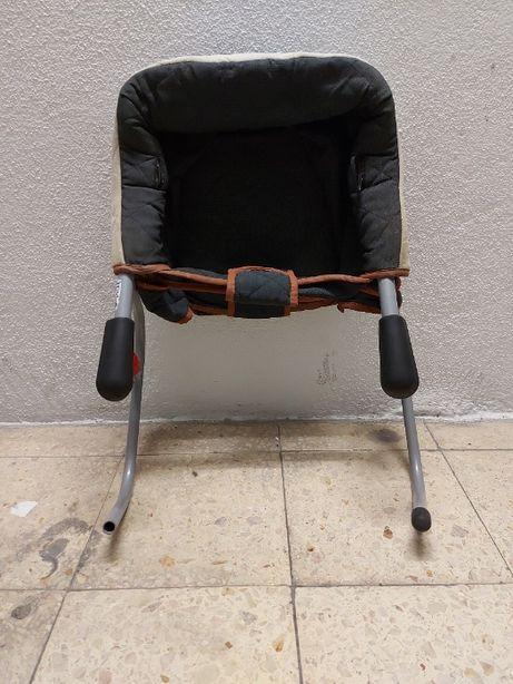 Cadeira de refeição para criança