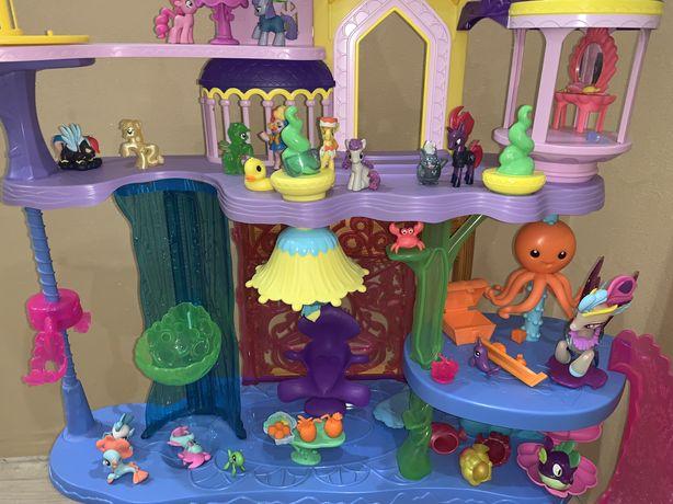 Замок hasbro дом (my little pony) + много фигурок пони(оригинал)