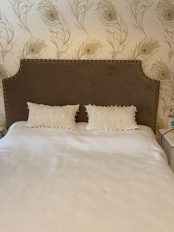 Cabeceira de cama para sommier- como NOVA