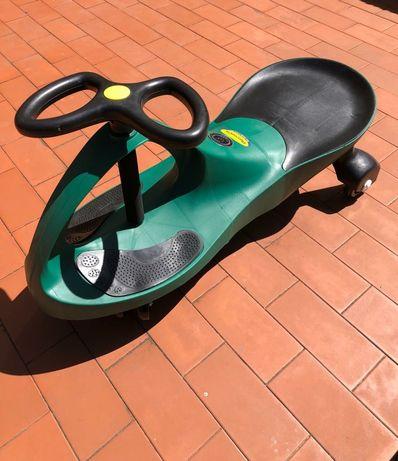 Carro Plasmacar verde Novo