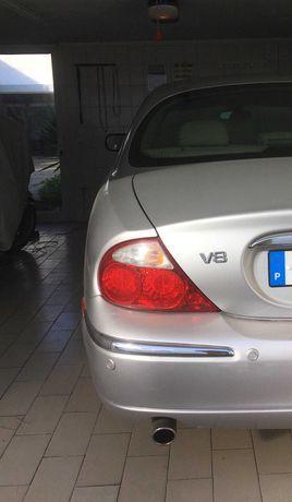 Jaguar V8 S-type 4.0, 285 cv, raro com esta motorização