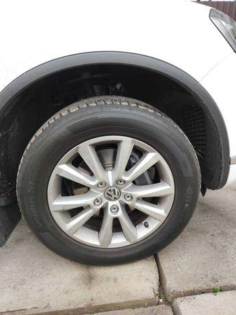 Колеса в зборі (диски VW Karakum R18 + датчики тиску і зимові шини)