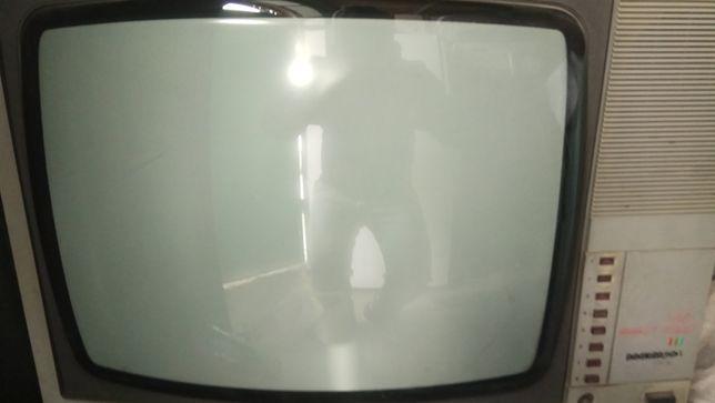 Телевизор ''Электрон 51ТЦ-423ДИ'' (кинескоп японский Toshiba)