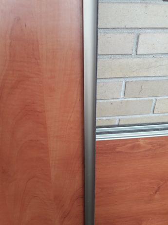 Drzwi przesuwane do szafy