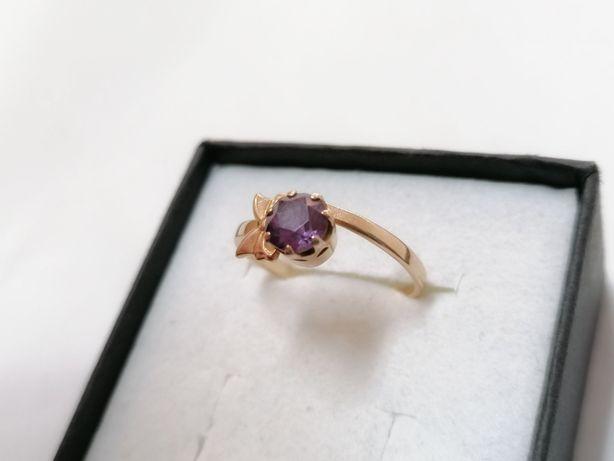 Złoty pierścionek 2,4 g, 583p | Lombard Puck