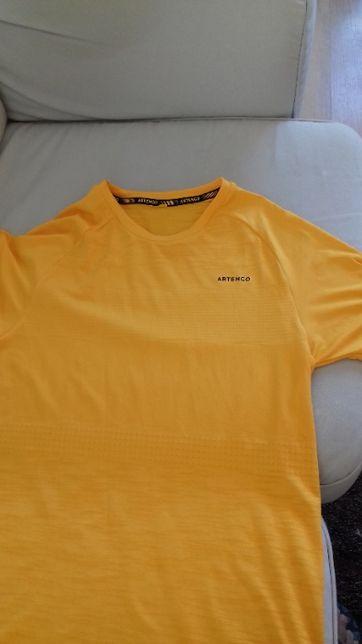 T-shirt de desporto Artengo amarelo-torrado, tamanho S