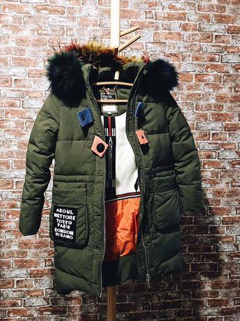 Зимняя куртка пальто на девочку 7-8 лет