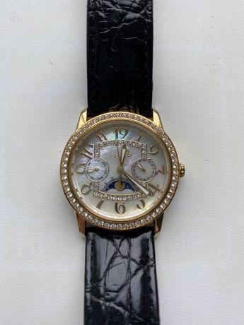 Продам часы l'chic