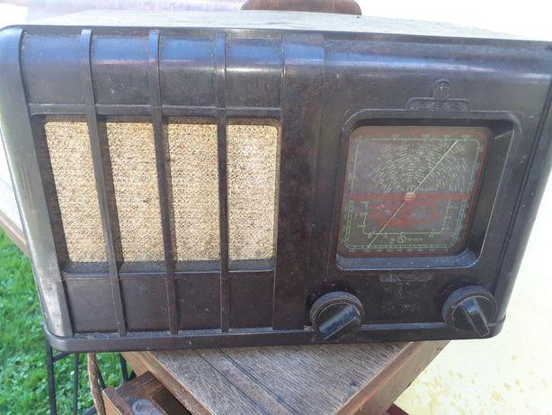 Stare radio Radio Pionier UII