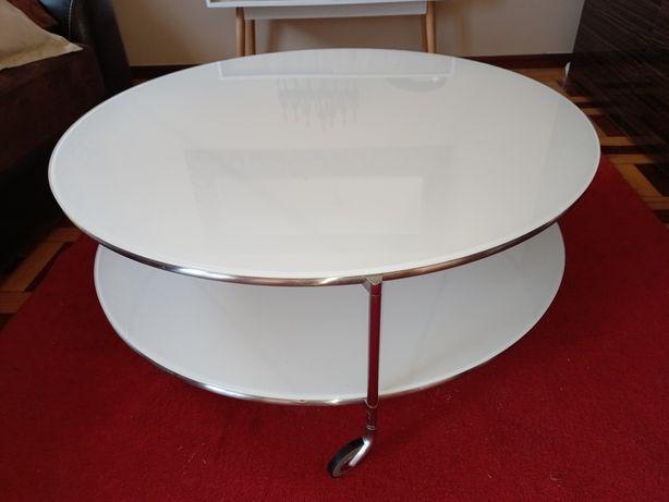 Mesa de centro de vidro com rodas