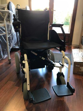 Cadeira de Rodas ELÉTRICA (COMO NOVA)