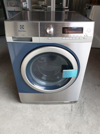 Професійна пральна машина Electrolux Professional MyPro WE 170/P