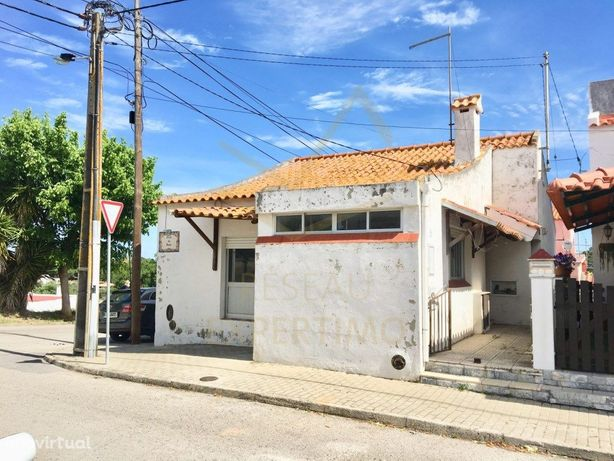 Moradia T2 com logradouro em Praias do Sado, Setúbal