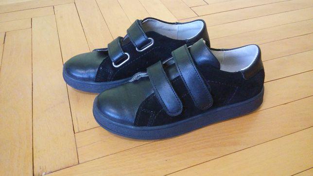 Дитяче взуття весна-осінь