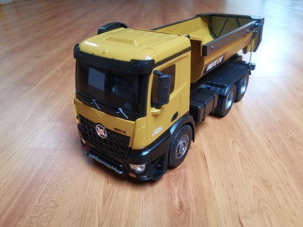 Camião basculante comandado RC HUINA 1573 escala 1/14 com luzes e sons