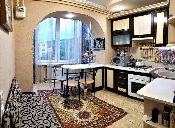 4к квартира з окремими кімнатами