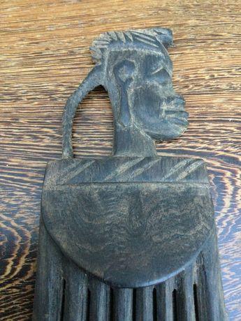 Escultura Pente tribal em pau Santo Antigo 20,5 cm