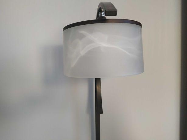 Lampa stojąca metalowa