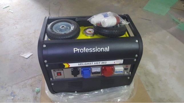 Agregat prądotwórczy professional 6,7kW nowy