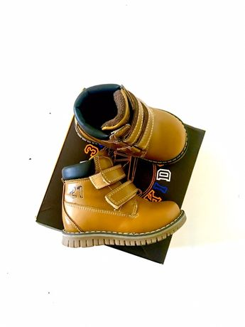 Демисезонные ботинки, Деми ботиночки, полуботинки, на липучках. Сказка