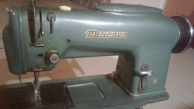 Швейная машина безпосадочная Минерва