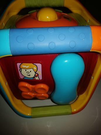 Zabawka Fisher price kostka grająca i świecąca.