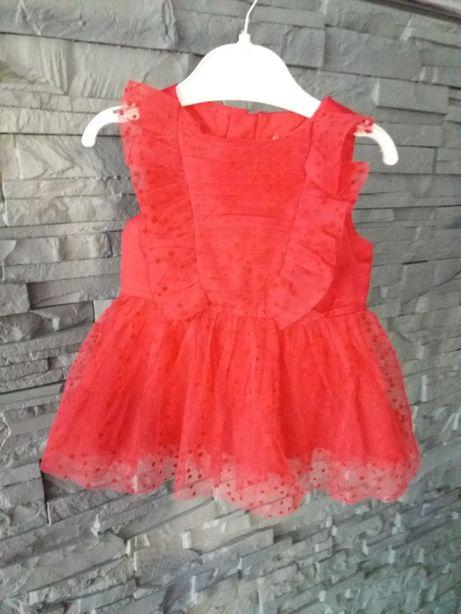czerwona sukienka w koronkę Reserved rozm. 62cm