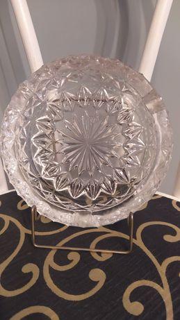 Porcelana,kryształy popielnice.
