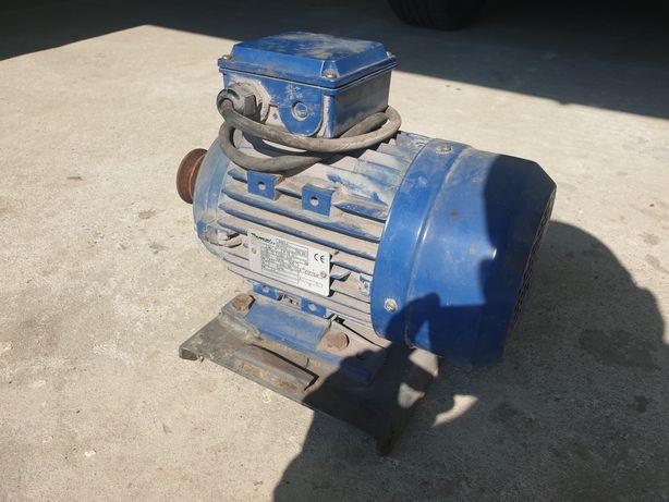 Silnik elektryczny , mocny 1.5 kw