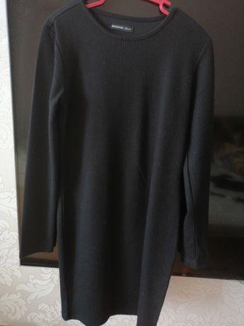 Строгое черное платье для девочки