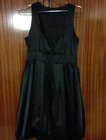 Vestido Stradivarius preto S