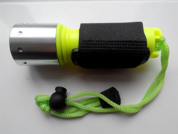 Cветодиодный фонарь для дайвинга и охоты. Подводный фонарь