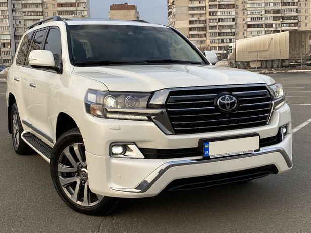 Toyota Land Cruiser 200 Special Edition