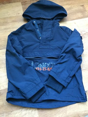 Ветровка весенняя,Джинсы, свитер,штаны Некст все на мальчика126-128см.