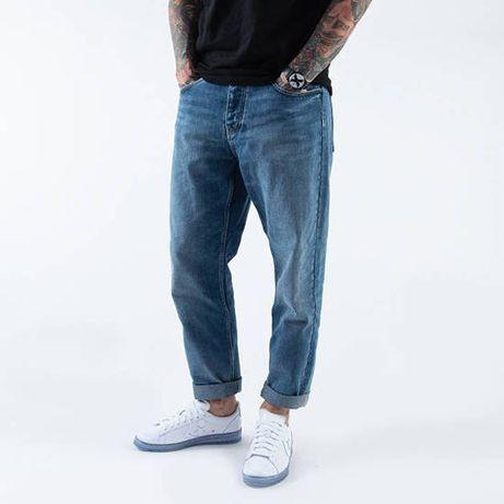 Идеальные голубые джинсы carhartt wip