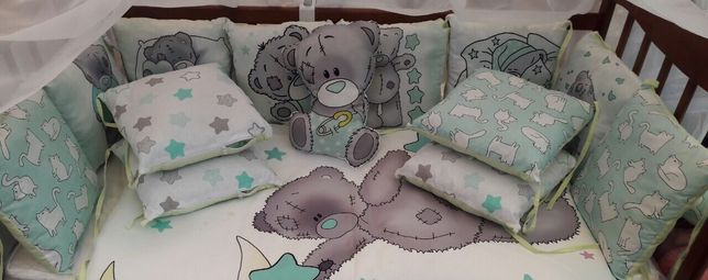 Бортики защита в кроватку с мишками Тедди мятный цвет