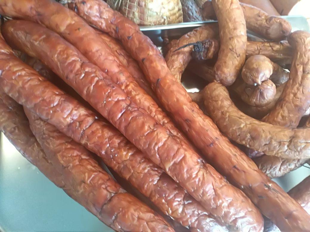 Wyroby wiejskie z naszego mięsa na drewnie wędzone