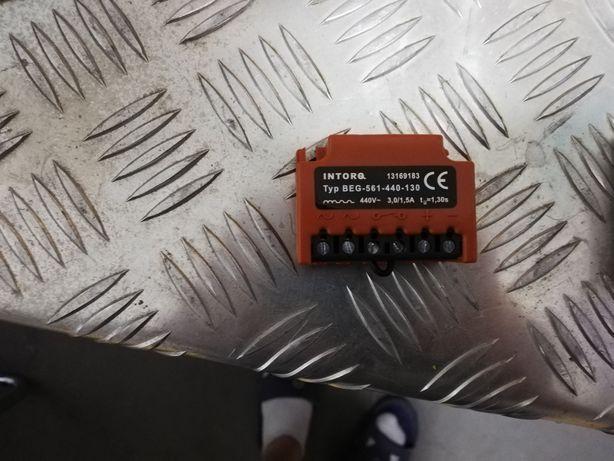 Mostek prostowniczy BEG-561, 440, 130 3,0A/1,5A/440V AC